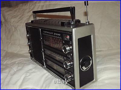 GRUNDIG Satellit 2100 Complete Radio