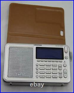 Grundig Eton Executive Satellite Traveler Portable Radio w Case Working AM FM LW