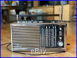 Grundig Satellit 6001 12 Band Transistor Shortwave World Radio Receiver