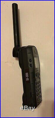 Iridium Explorer Satellite Communications 9505A Phone