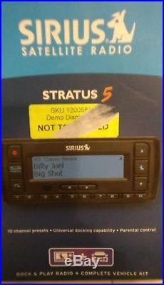 SIRIUS Stratus 5 XM satellite radio With Car Kit-LIFETIME SUBSCRIPTION Demo Model