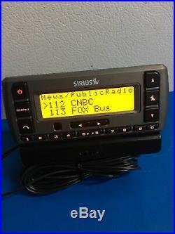SIRIUS XM Stratus Sv3r XM satellite radio With Vent Car Kit-LIFETIME SUBSCRIPTION