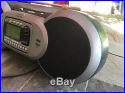 Sirius SPORTSTER SP-R2R Lifetime Subscription Radio withSP-B1 BOOMBOX